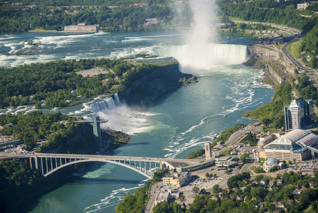 Cataratas do Niágara - Canada e Estados Unidos