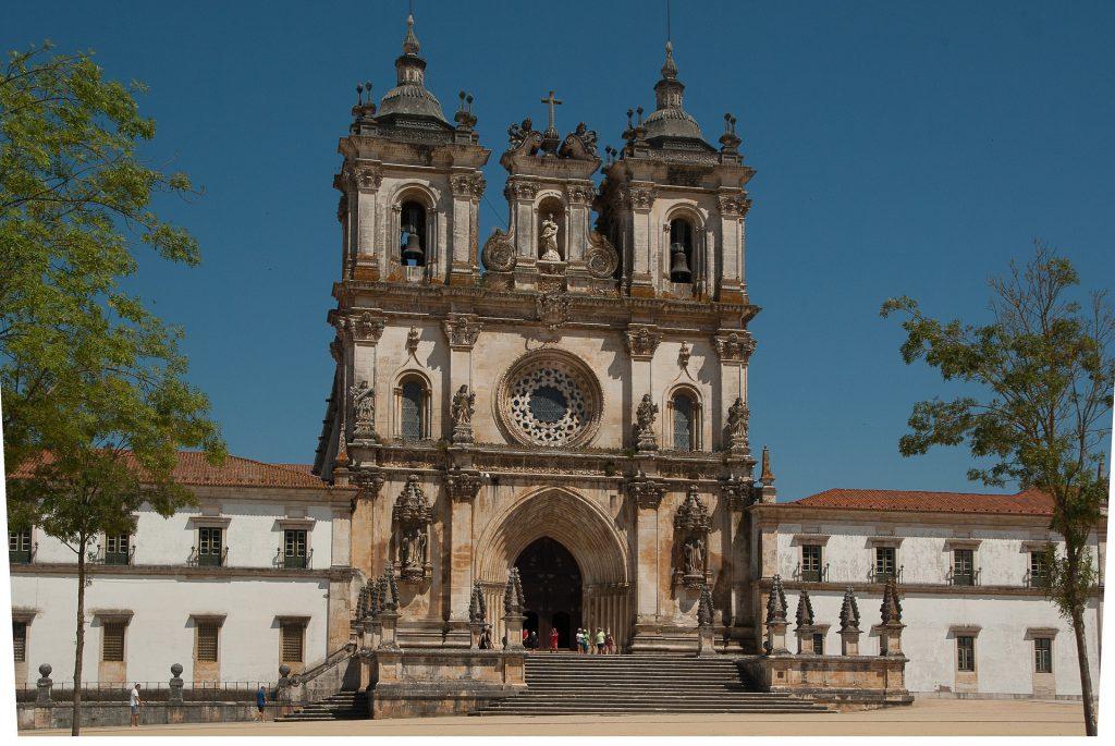 Cidades entre Lisboa e Porto para um roteiro por Portugal
